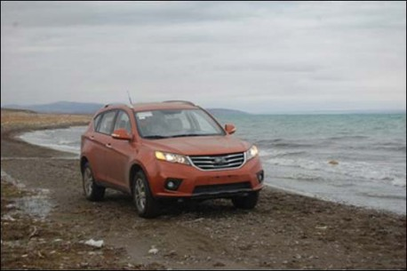 Spy Shots: Landwind E31 SUV hits the Beach in China
