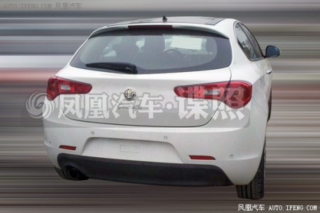 Spy Shots: Alfa Romeo Giulietta seen testing in China