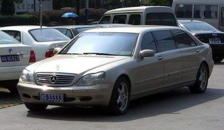 Mercedes-Benz W220 S-Class is Stretched in China