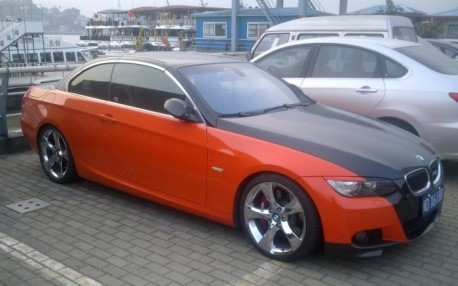 BMW 3-series Convertible is matte black and orange in China