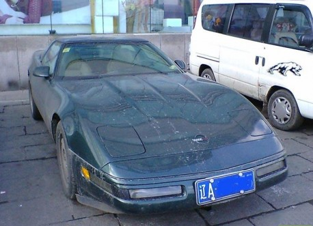 Spotted in China: C4 Chevrolet Corvette in Green