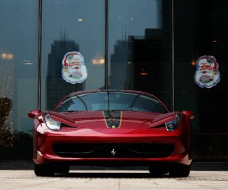 Santa Claus smiles on the Ferrari 458 Italia China Limited Edition