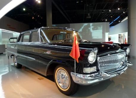Shanghai Car Museum: 1959 Hongqi CA72
