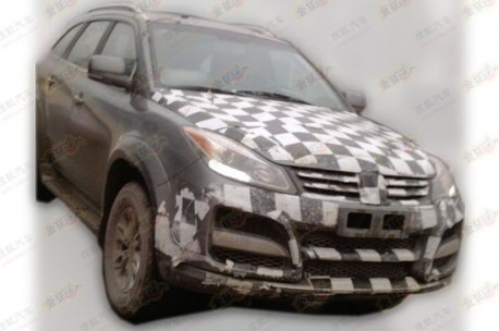 Spy Shots: facelift & 2.0 turbo for the Jiangling Yusheng SUV in China