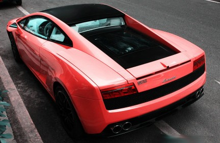 Lamborghini Gallardo is Pink in China