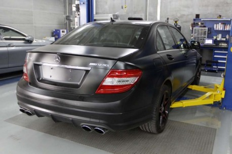 Mercedes-Benz C63 AMG is matte black in China
