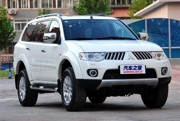 Spy Shots: China-made Mitsubishi Pajero Sport hits the road