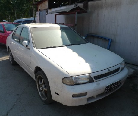 Spotted in China: first generation Nissan Altima