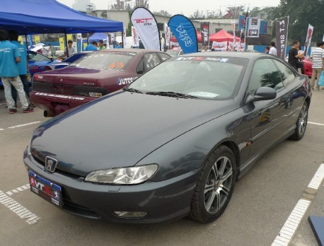 Spotted in China: Peugeot 406 Coupe