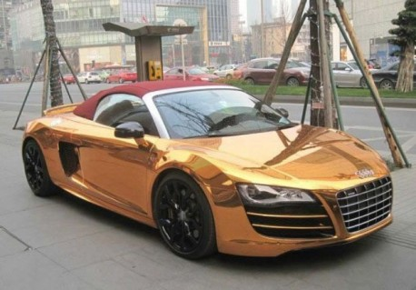 Bling! Audi R8 Spyder is Gold in China
