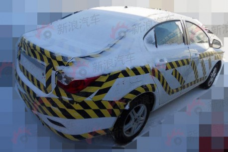dongfeng-fengshen-s30-new-china-4