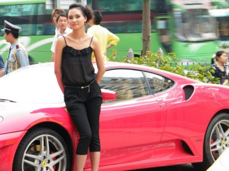 ferrari-model-contest-china-3