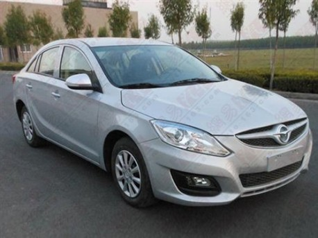 Spy Shots: new Haima Family = Haima M6