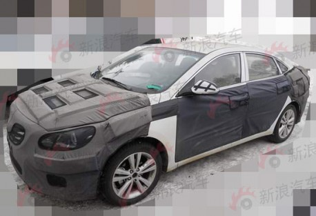 Spy Shots: new mid-size Hyundai sedan for the Chinese car market