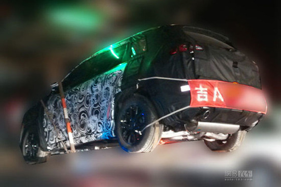 Spy Shots: 2014 Jeep Cherokee testing in China