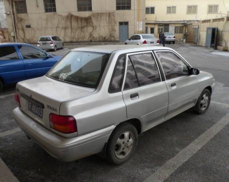 kia-pride-sedan-china-4