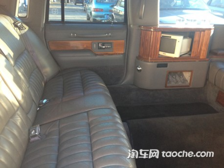 lincoln-town-car-sechand-china-3