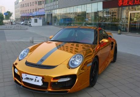 porsche-911-gold-china-1