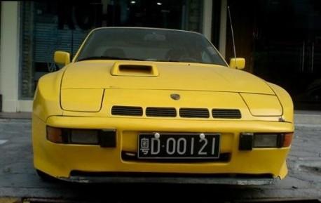 Spotted in China: Porsche 924 Carrera GT