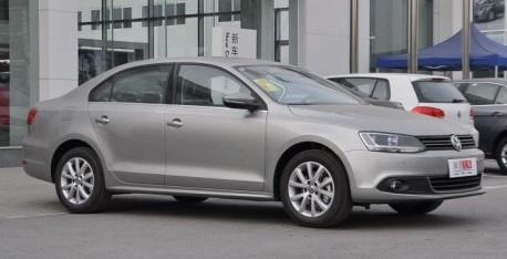 Spy Shots: Volkswagen Sagitar GLI seen testing in China