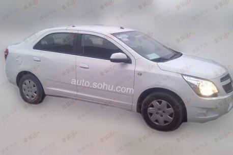 Spy Shots: Chevrolet Cobalt testing in China