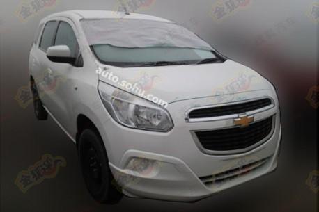 Spy Shots: Chevrolet Spin testing in China