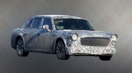 Spy Shots: Hongqi L7 seen testing in China