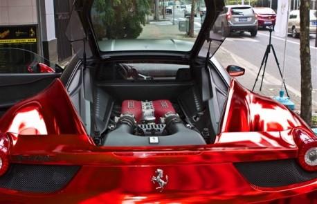 ferrari-458-shiny-red-china-4