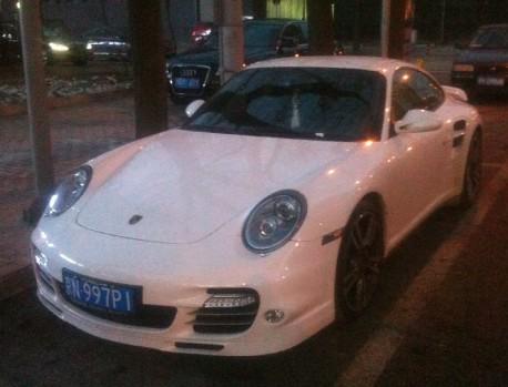 Porsche 911 Turbo has a License in China
