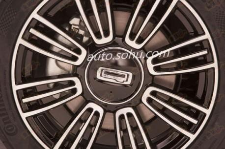 Spy Shots: Qoros 3 Estate Concept & Qoros 3 Cross Hyrbid Concept