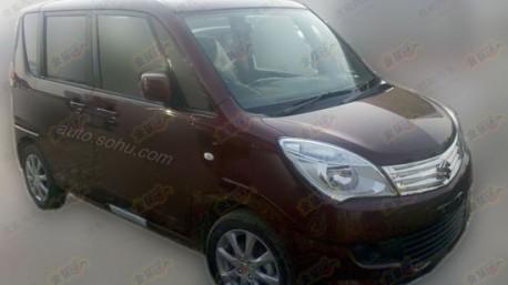 Spy Shots: Suzuki Solio testing in China