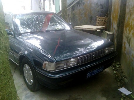 Spotted in China: Toyota Cresta Super Lucent