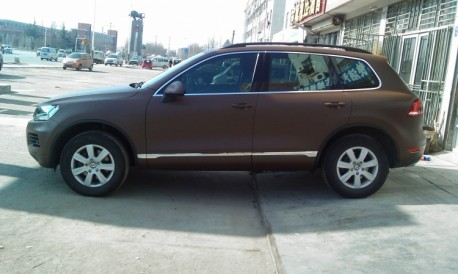 volkswagen-toureg-matte-brown-china-1a