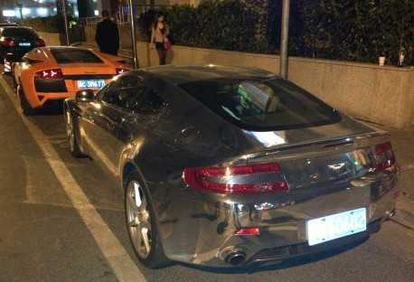 Bling! Aston Martin Vantage outshines Lamborghini Murcielago in C