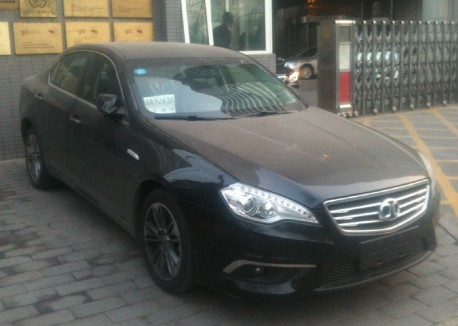 Spotted in China: first Beijing Auto Shenbao D-Series on the Road