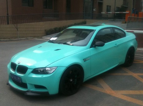 BMW M3 is mint green in China