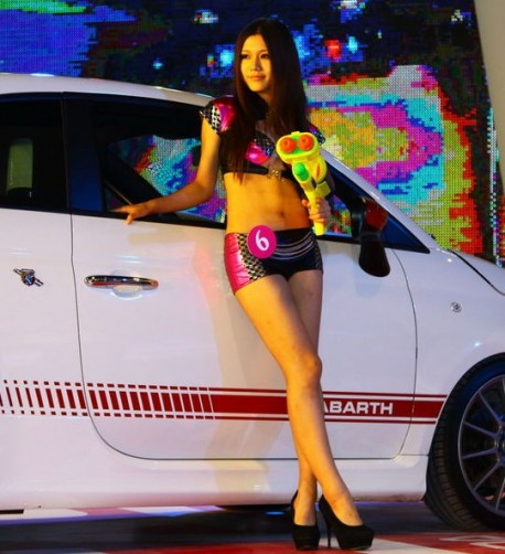 Chinese Fiat Girl wants to Super Soak you
