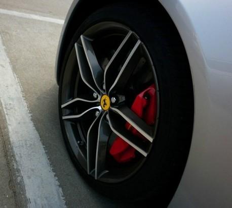Ferrari FF is Silver in China