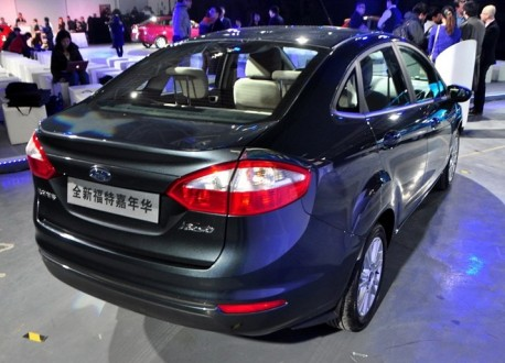ford-fiesta-fl-china-l-9