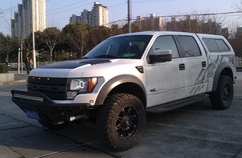Spotted in china ford f 150 raptor crew cab in white carnewschina spotted in china ford f 150 raptor crew cab in white publicscrutiny Image collections