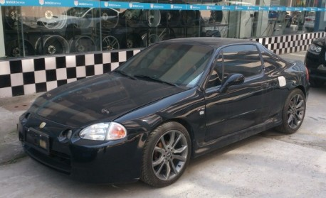 Spotted in China: Honda CR-X del Sol