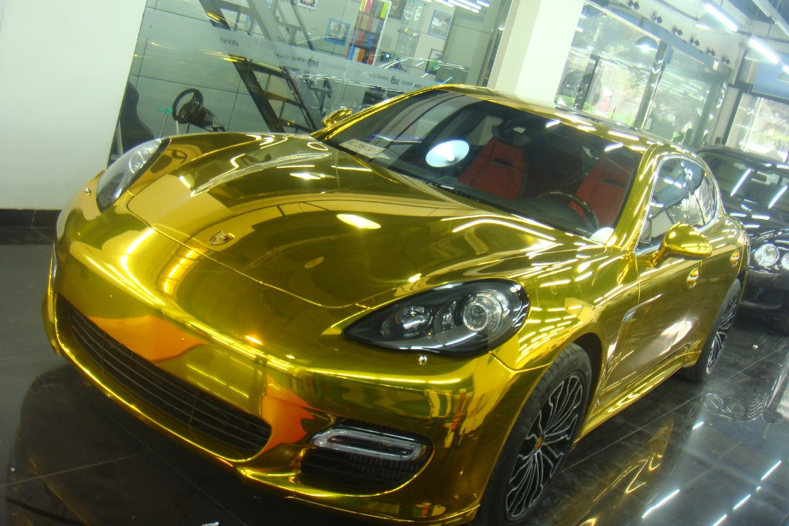 Bling! Porsche Panamera is Gold in China