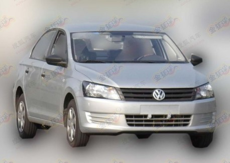 Spy Shots: new Volkswagen Santana goes Cheap in China