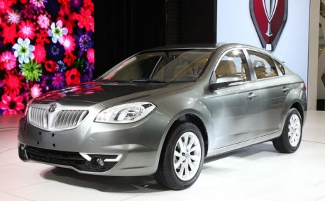 Brilliance H330 arrives at the Shanghai Auto Show