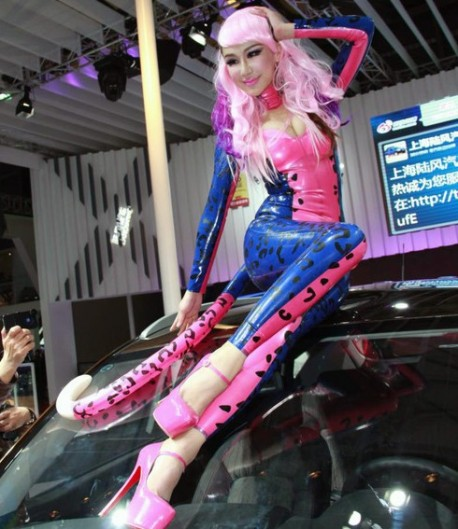 catwoman-china-car-girl-shanghai-7