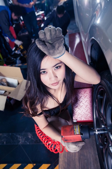 china-car-girl-toyota-86-3