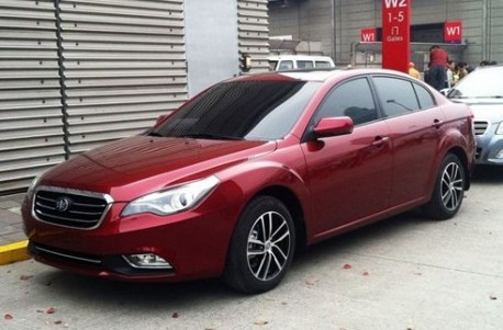 Facelifted FAW-Besturn B50 arrives at the Shanghai Auto Show