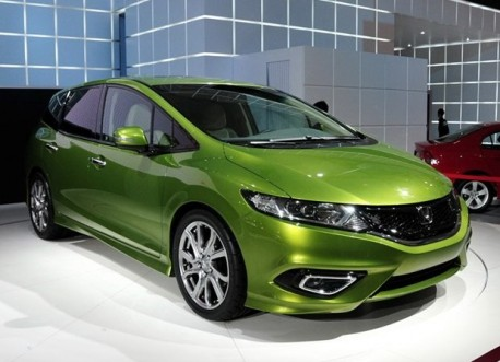 Honda Jade concept debuts on the Shanghai Auto Show