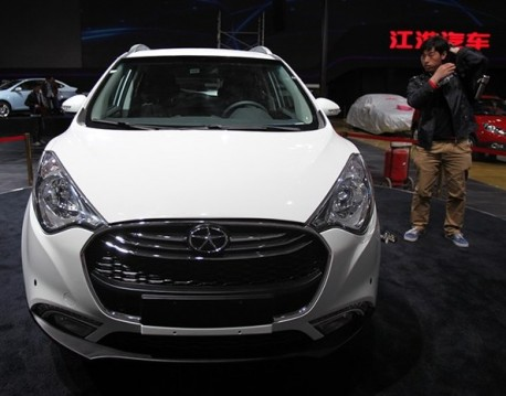 JAC Heyue S30 launched on the Shanghai Auto Show
