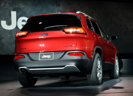 New Jeep Cherokee gets a Chinese name; Liberty Light